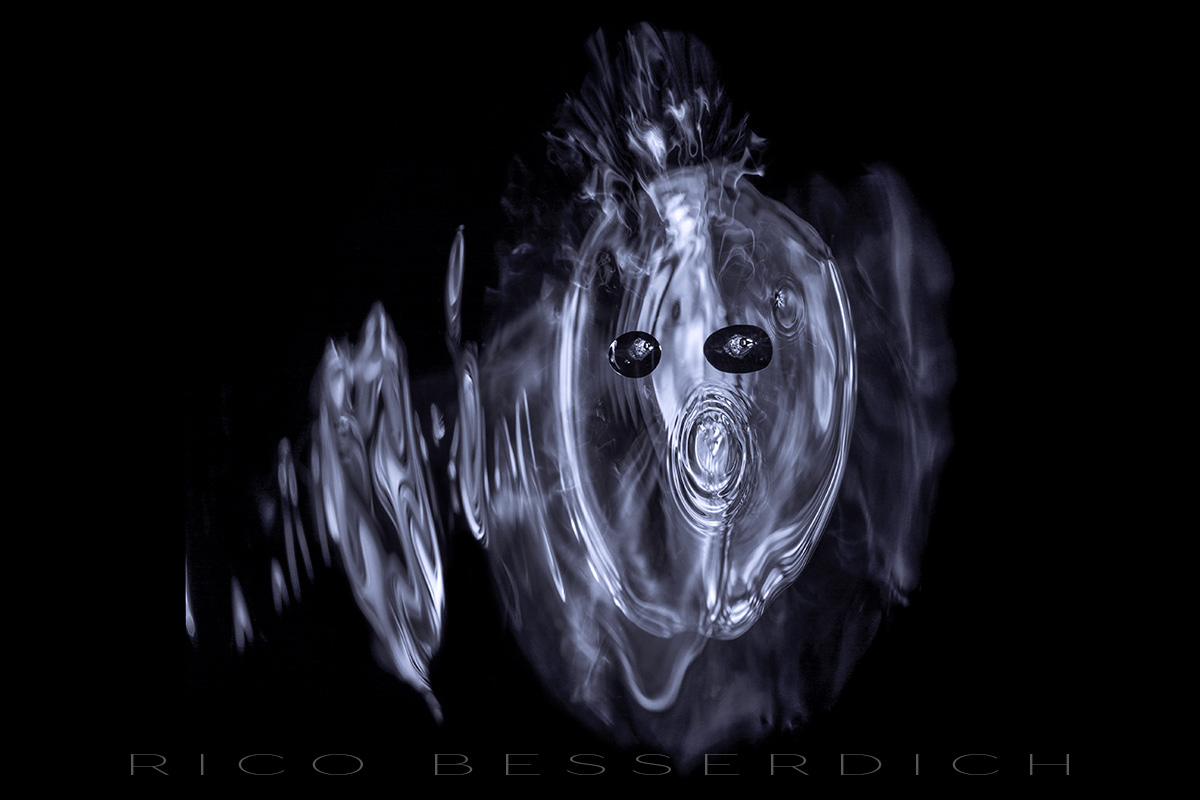 The Scream of Water by Rico Besserdich. All rights reserved.